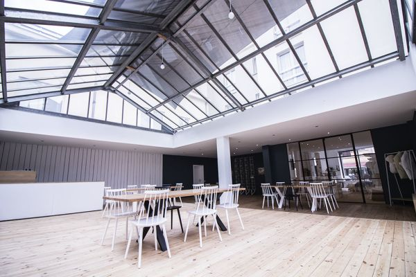 Picture of an event venue rental in Schaarbeek, Brussels, Inside Virginie's glass room 2204