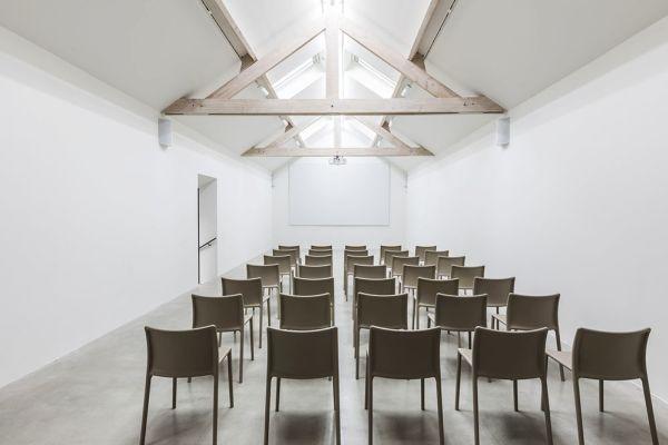 Photo d'une salle à louer à Ixelles, Bruxelles, Dans la maison de Nathalie 2209