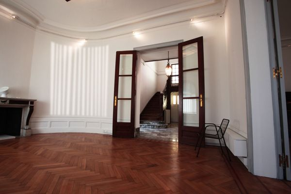 Photo d'une salle à louer à Bruxelles, Bruxelles, Dans la villa de Garance 2241