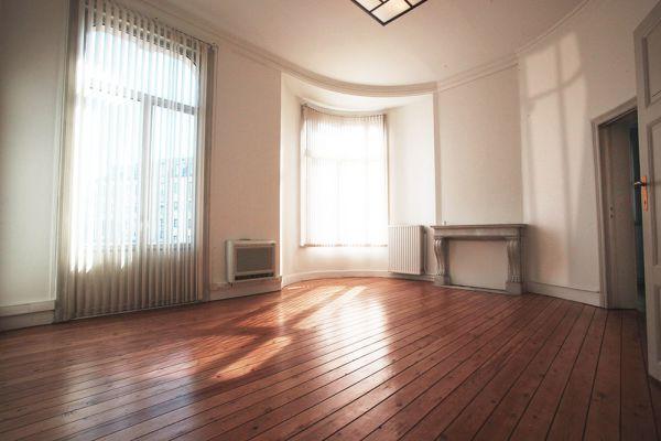 Photo d'une salle à louer à Bruxelles, Bruxelles, Dans la villa de Garance 2243