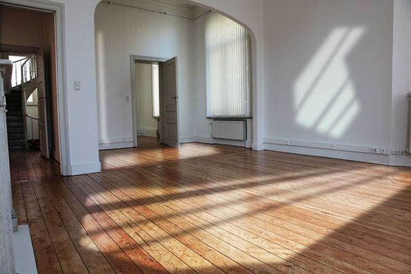 Photo d'une salle à louer à Bruxelles, Bruxelles, Dans la villa de Garance 2245