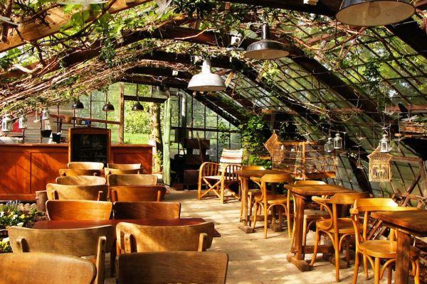 Photo d'une salle à louer à Hoeilaart, Brabant Flamand, Dans la serre de Cécile & Michel 2811