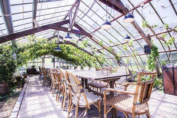 Photo d'une salle à louer à Hoeilaart, Brabant Flamand, Dans la serre de Cécile & Michel 2824
