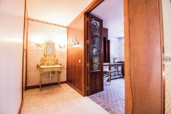 Photo d'une salle à louer à Ixelles, Bruxelles, Dans la maison d'Audrey 3025