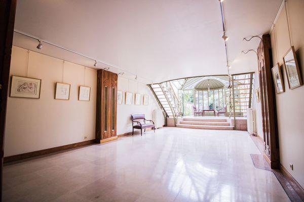 Photo d'une salle à louer à Ixelles, Bruxelles, Dans la maison d'Audrey 3028