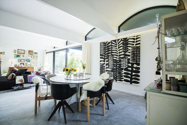 Photo d'une salle à louer à Uccle, Bruxelles, Dans la maison d'Eva 3478