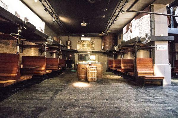 Photo d'une salle à louer à Elsene, Bruxelles, Dans la cave de Christophe 3835