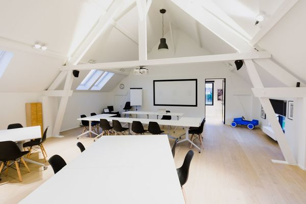 Picture of an event venue rental in Hoeilaart, Flemish Brabant, Inside Laurence & Filip's office 4338