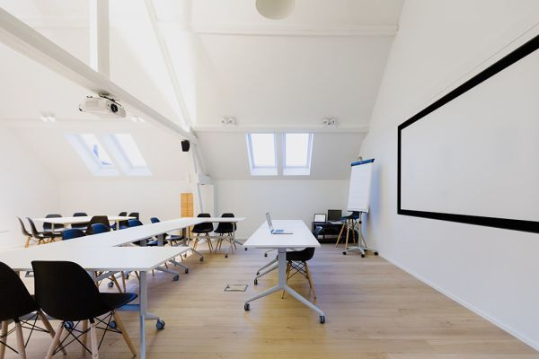Picture of an event venue rental in Hoeilaart, Flemish Brabant, Inside Laurence & Filip's office 4339