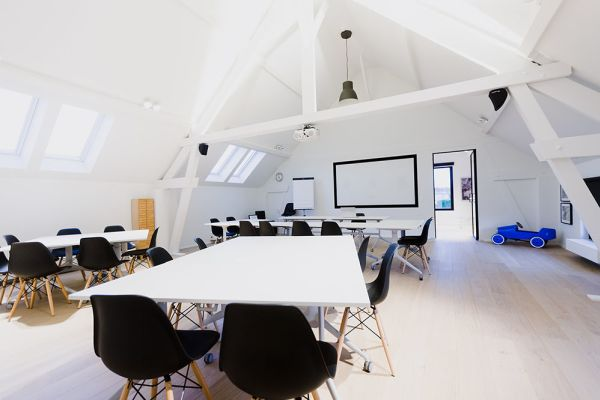 Picture of an event venue rental in Hoeilaart, Flemish Brabant, Inside Laurence & Filip's office 4341