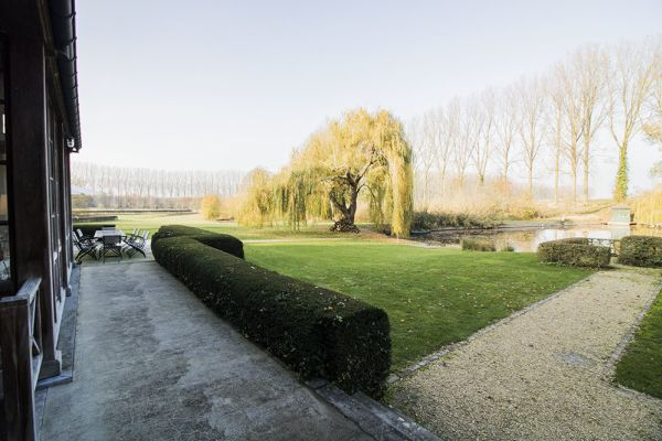 Picture of an event venue rental in Bassilly, Hainaut, Inside Lauren's house 4536