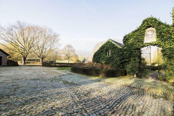 Photo d'une salle à louer à Bassilly, Hainaut, Dans la galerie de Lauren 4592