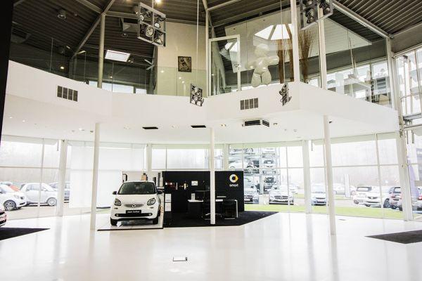 Photo d'une salle à louer à Auderghem, Bruxelles, Dans le showroom d'Alexis 4769