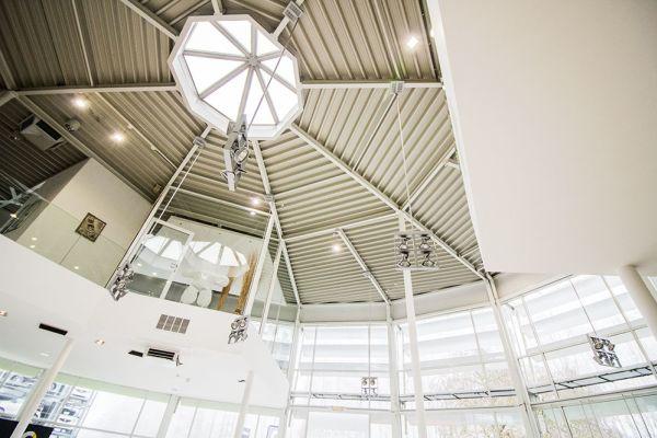 Photo d'une salle à louer à Auderghem, Bruxelles, Dans le showroom d'Alexis 4773