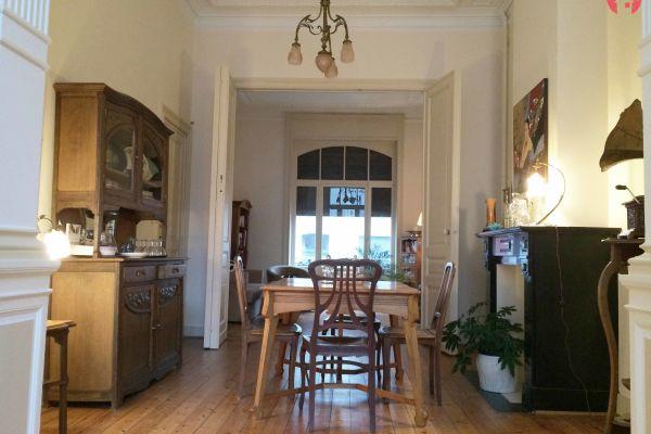 Photo d'une salle à louer à Bruxelles, Bruxelles, Dans la maison de Jacqueline 1063