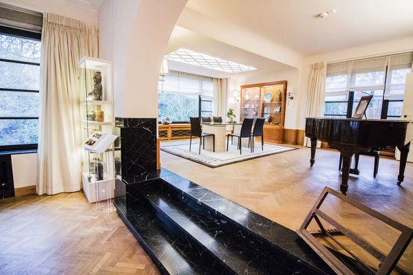 Picture of an event venue rental in Uccle, Brussels, Inside Sandrine's gallery & house 5265